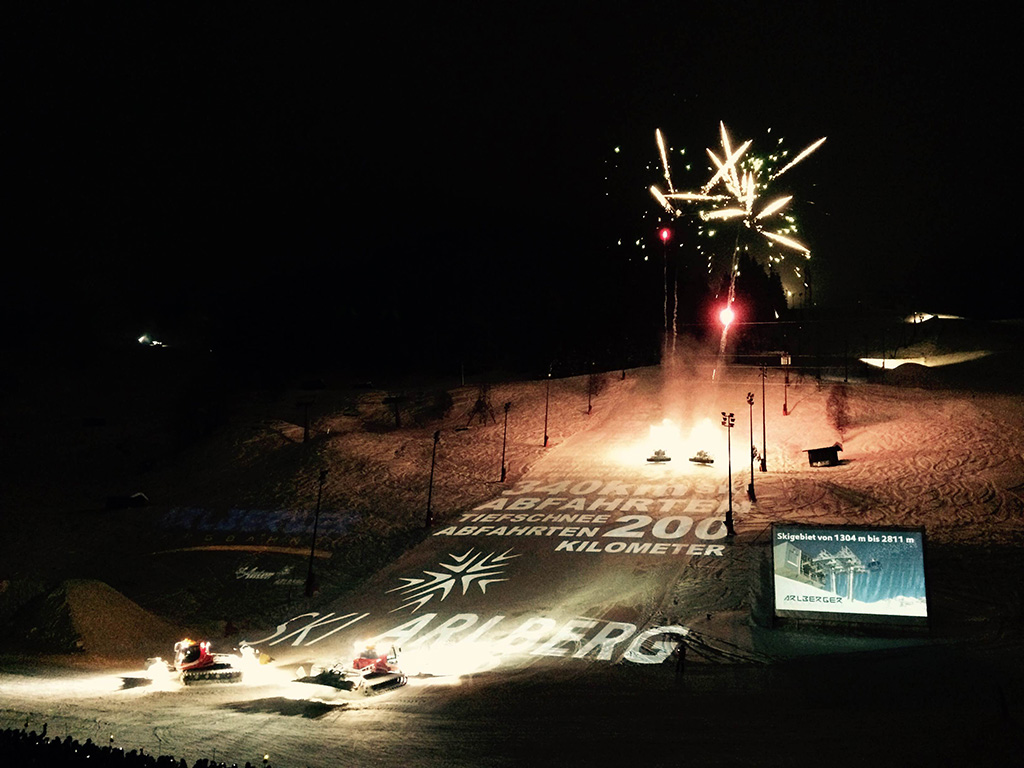 """Skishow """"Schneetreiben"""" in St. Anton am Arlberg"""