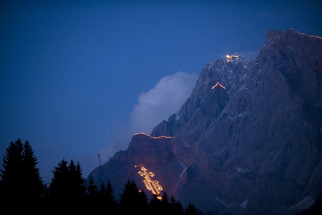 Berge in Flammen Zugspitz Arena