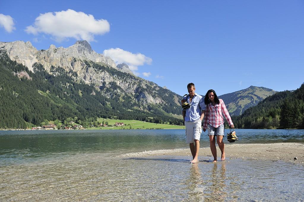 Pures Lebensvergnügen beim Wandern im Tannheimer Tal